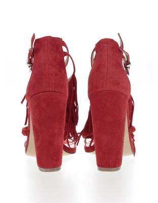 Červené semišové sandály na podpatku Miss Selfridge - 5