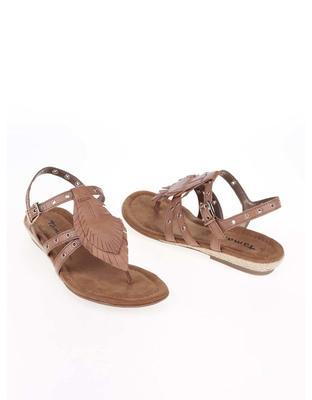 Brown leather sandals with metal studs Tamaris - 6